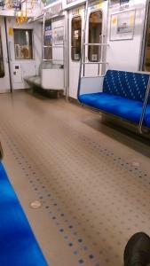 200415 電車がらがら