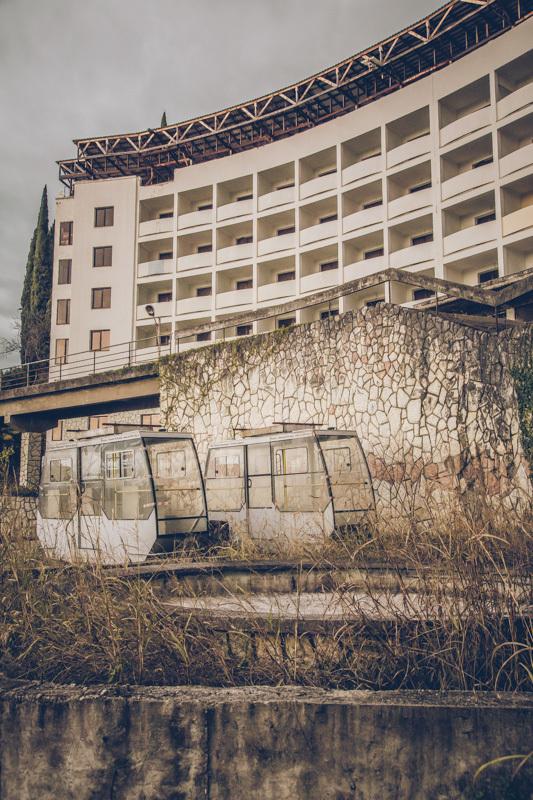 20200811_abkhazia_abandoned_hotel-3.jpg