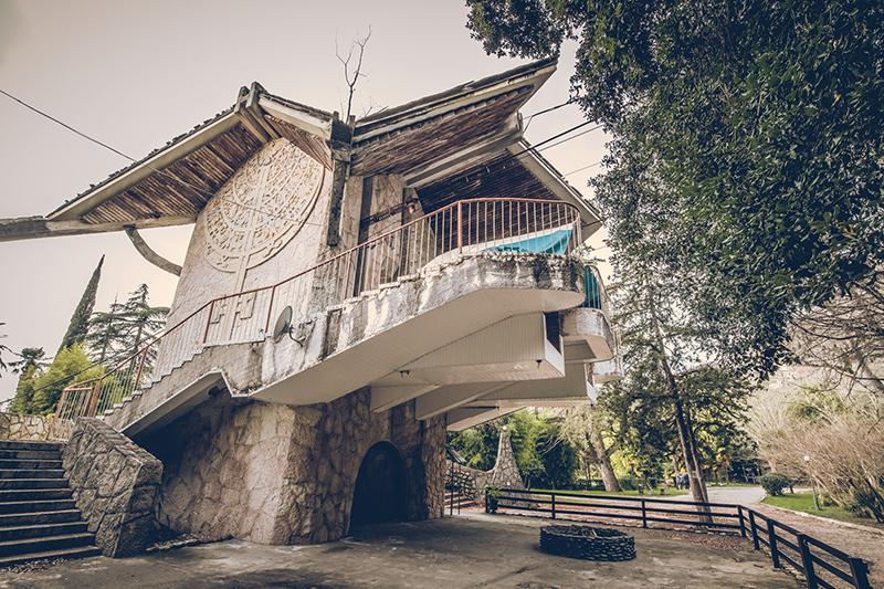 20200811_abkhazia_abandoned_hotel-905.jpg