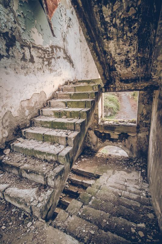 20200811_abkhazia_abandoned_house-10.jpg