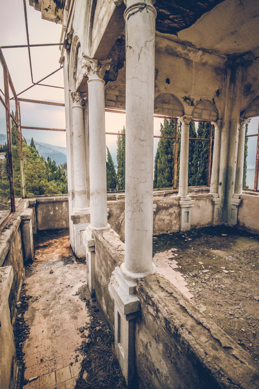 20200811_abkhazia_abandoned_house-6.jpg