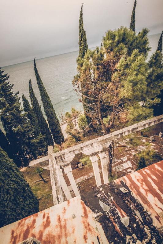20200811_abkhazia_abandoned_house-7.jpg