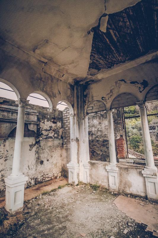 20200811_abkhazia_abandoned_house-8.jpg