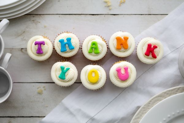 thank-you-cupcakes-JS5FKJN.jpg
