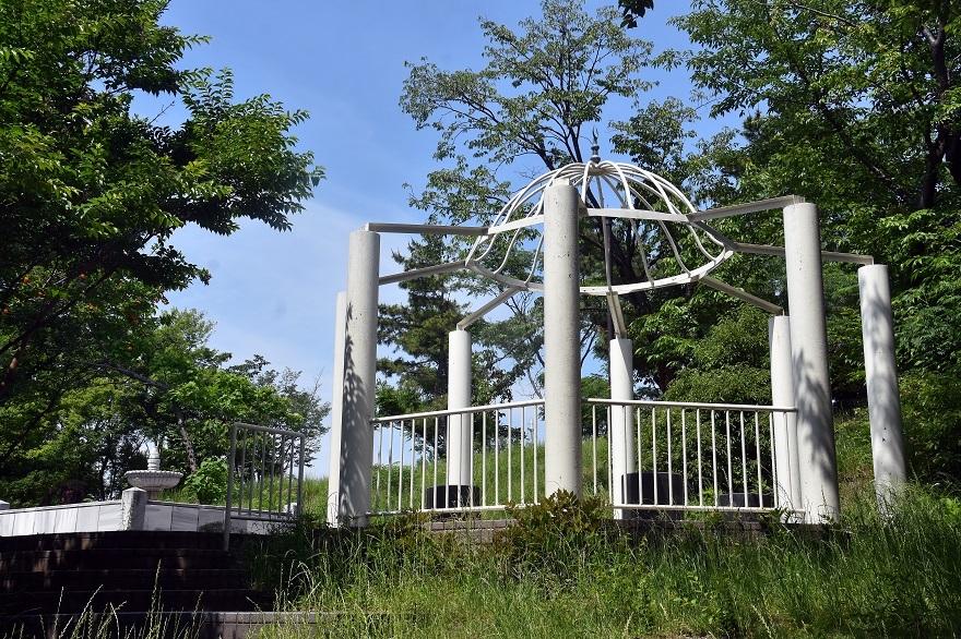鶴見・トルコ庭園とバラ (6)