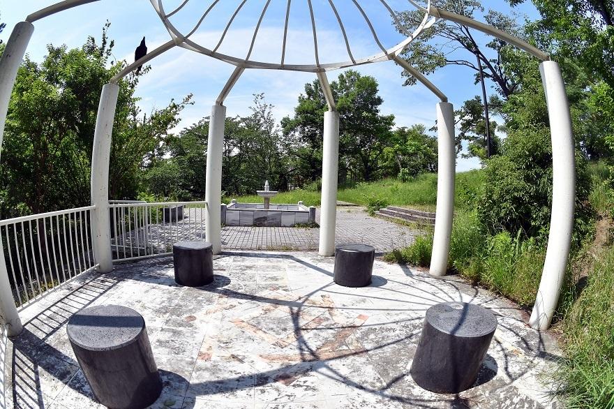 鶴見・トルコ庭園とバラ (12)