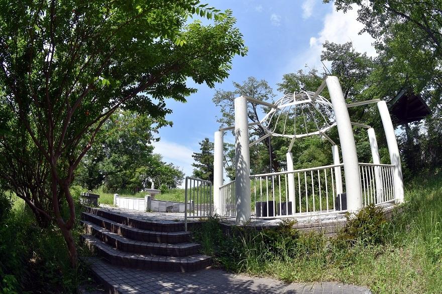 鶴見・トルコ庭園とバラ (16)