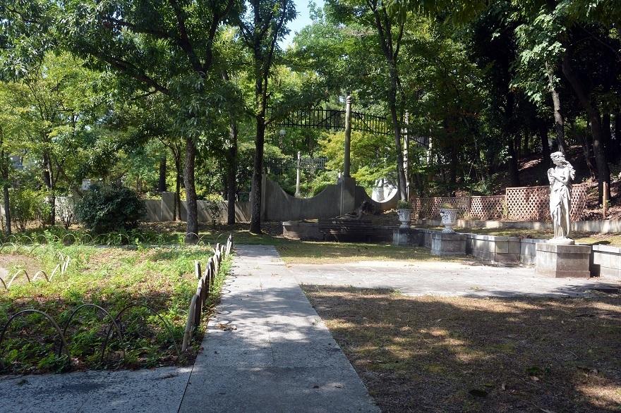 鶴見・フランス庭園2020年8月 (0)