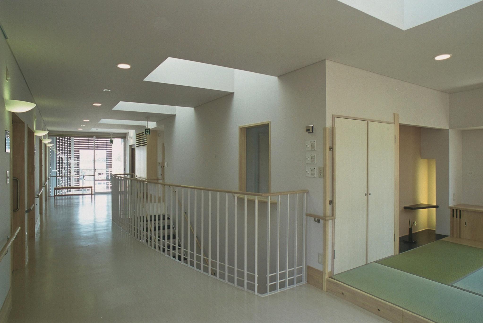 インスタベルフラワー2階-3