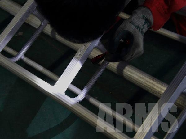 アルミ三脚の修理