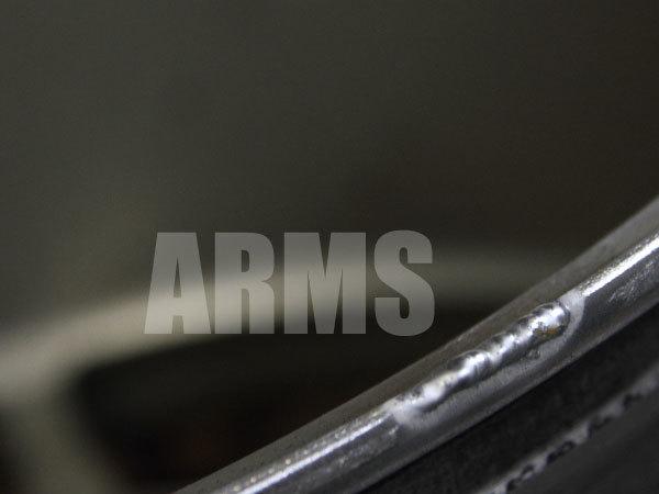 アルミ溶接で鍛造ホイールを修理する