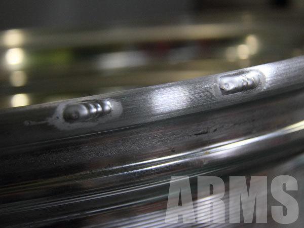 綺麗なアルミ溶接でホイールを修理
