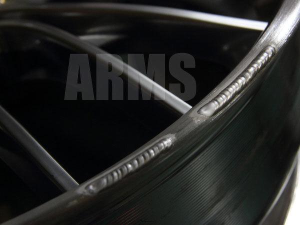 ホイールリムをアルミ溶接修復