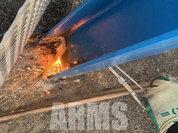 酸素で鉄の溶断方法