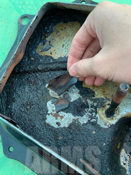 ディオのガソリンタンクを洗浄