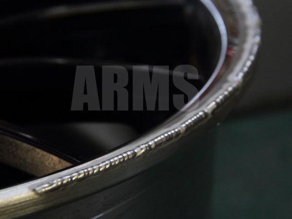 ホイールのガリ傷をアルミ溶接で修復