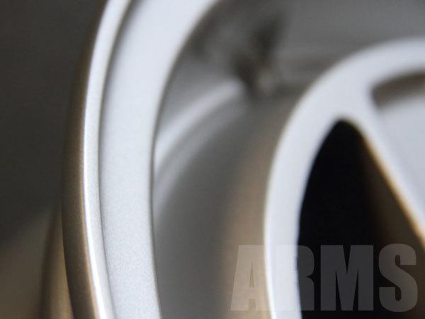 欠損したリムをアルミ溶接にて再生