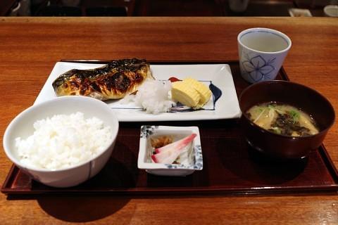 lunchmaru03.jpg