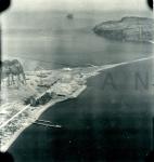 米軍撮影の指宿海軍航空基地空襲ブログ用