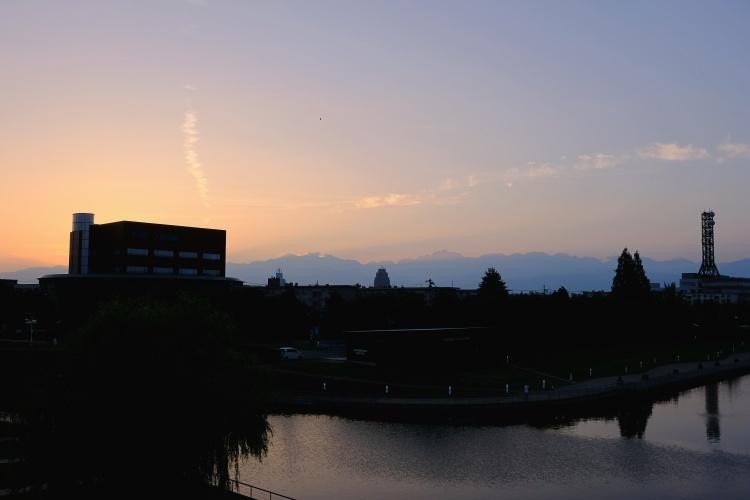200825c4.jpg