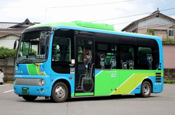 徳島200あ・・・7