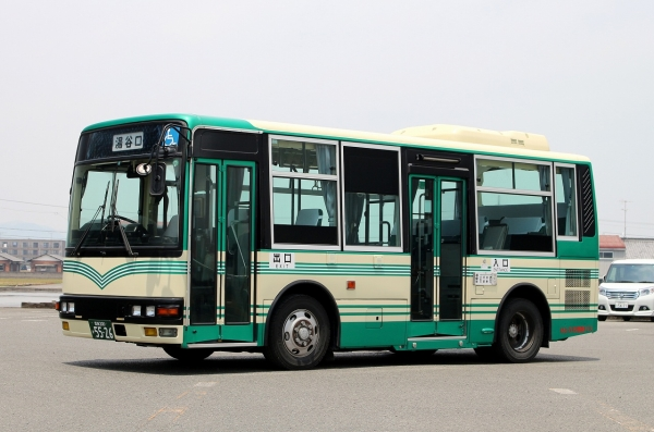 愛媛200か5526