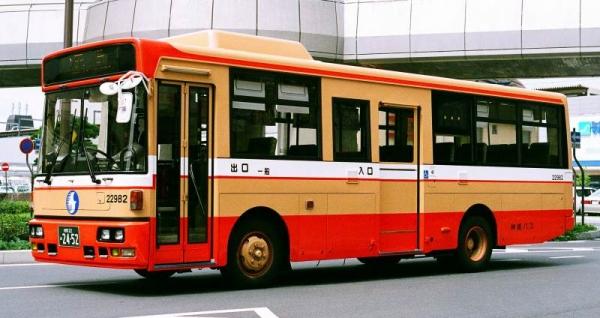 姫路22あ2452