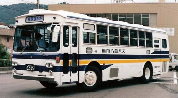 岡山22か3295