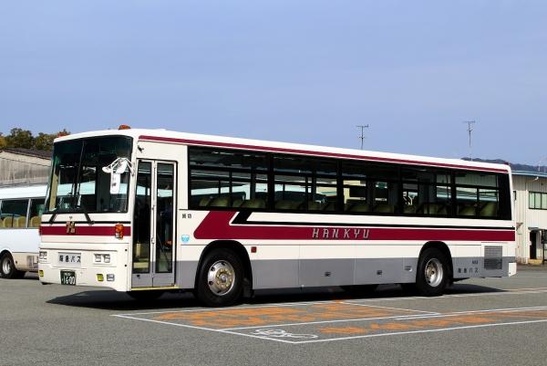 大阪200か1600 683