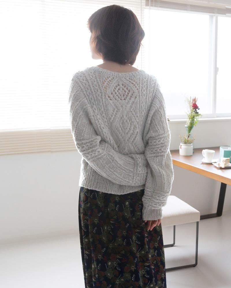 棒針編み無料編み図ピエロ純毛極細-Plus-ホイップスドルマンセーター後ろ