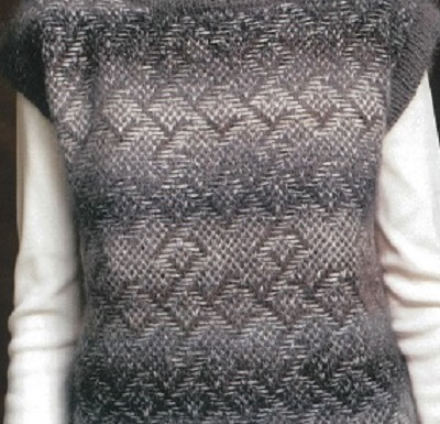 無料編み図バカラエポック浮かび上がる模様のニュアンスが上品なベスト2