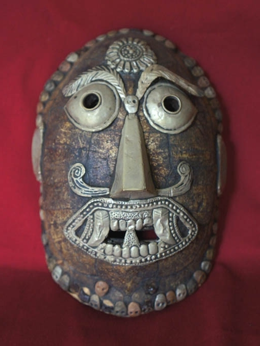 海外ガラクタコレクション18 スリランカ 亀のお面 1987 18㎝ DSC00533