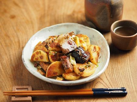サバ缶と長芋のフライパン焼き013