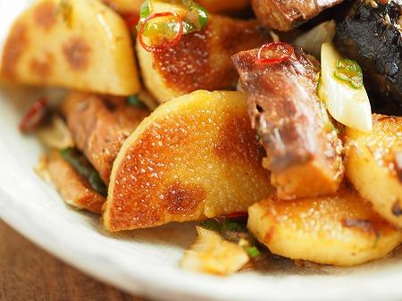 サバ缶と長芋のフライパン焼き020
