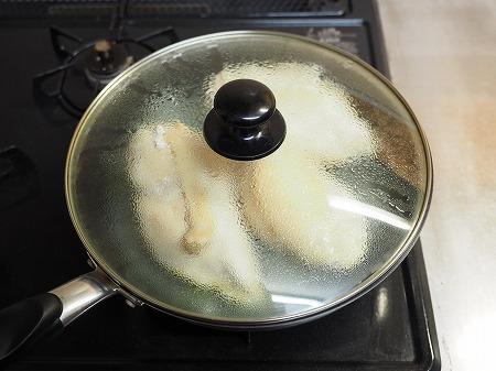 フライパンで作り置きサラダチキ041