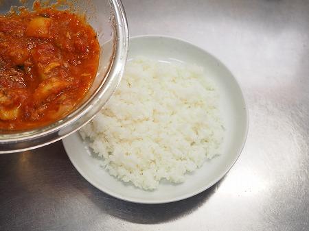 サバじゃがトマト煮ライス025