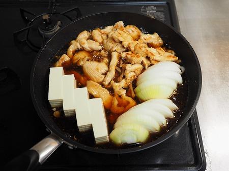 鶏むね肉のフライパンすき焼き101
