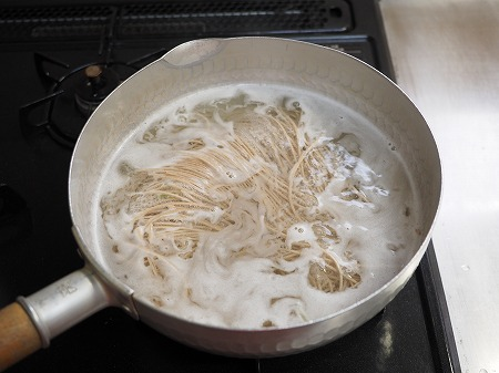 にら蕎麦035