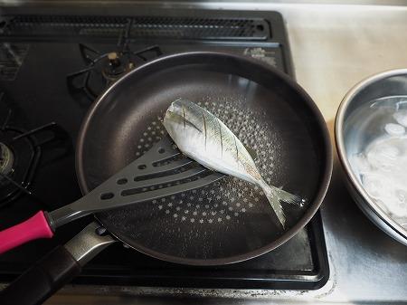 アジの梅酒煮028