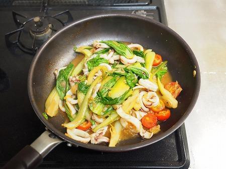 イカと青梗菜のオイスターソー053