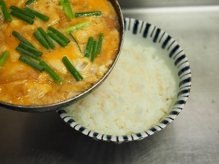 豆腐の卵とじ丼045