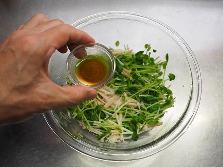 豆苗とエノキの旨味和え037