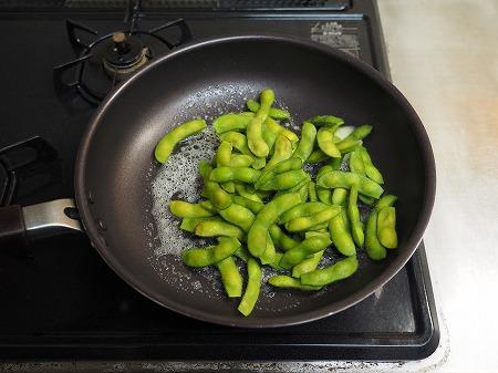 枝豆のピリ辛バターしょう油炒036