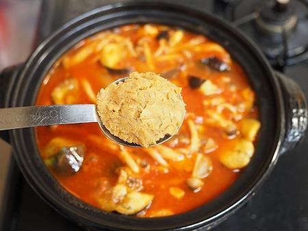 鶏むね肉と茄子のトマト鍋055