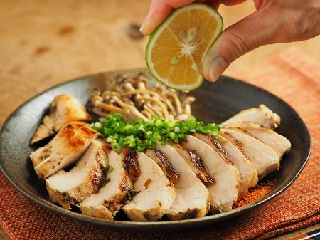 鶏むね肉の塩昆布カボス焼き024
