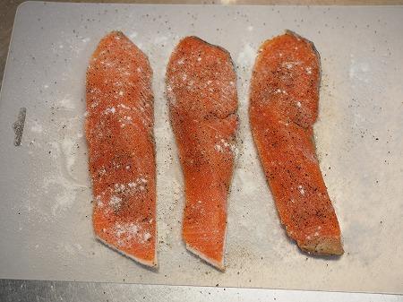 秋鮭ムニエルのマヨクリームソー043