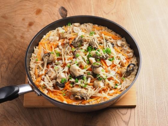 牡蠣のフライパン炊き込みご飯033