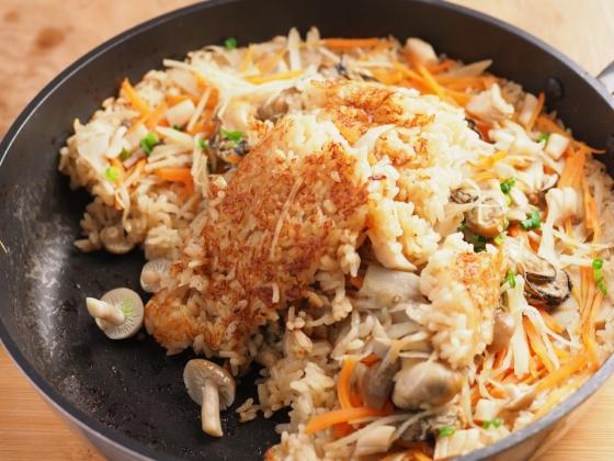 牡蠣のフライパン炊き込みご飯041
