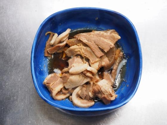 角煮卵丼001