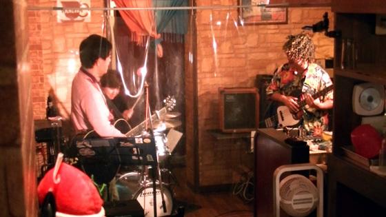 雷神様のドラムソロ